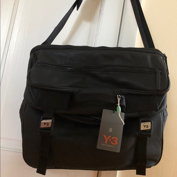 Yoghurt Yamamoto Y-3 adidas messenger bag. NWT. Yohji Yamamoto 690541285aa45